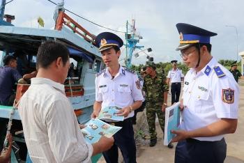 """Vùng cảnh sát biển 4: Phát huy phẩm chất """"Bộ đội Cụ Hồ - Người chiến sĩ Cảnh sát biển"""""""