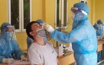 Hà Nội thêm 50 ca mắc COVID-19 mới, 41 trường hợp ho sốt thứ phát