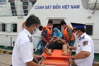 Cảnh sát biển Việt Nam: Điểm tựa vững chắc cho ngư dân vươn khơi, bám biển