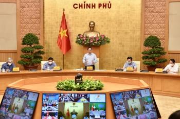 Thủ tướng chủ trì họp trực tuyến về phòng chống dịch với 1.060 xã, phường tại 20 tỉnh, thành phố
