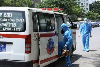 Hà Nội phong tỏa một bệnh viện liên quan đến nhân viên y tế mắc COVID-19