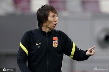 HLV Trung Quốc coi gặp tuyển Việt Nam như trận chung kết