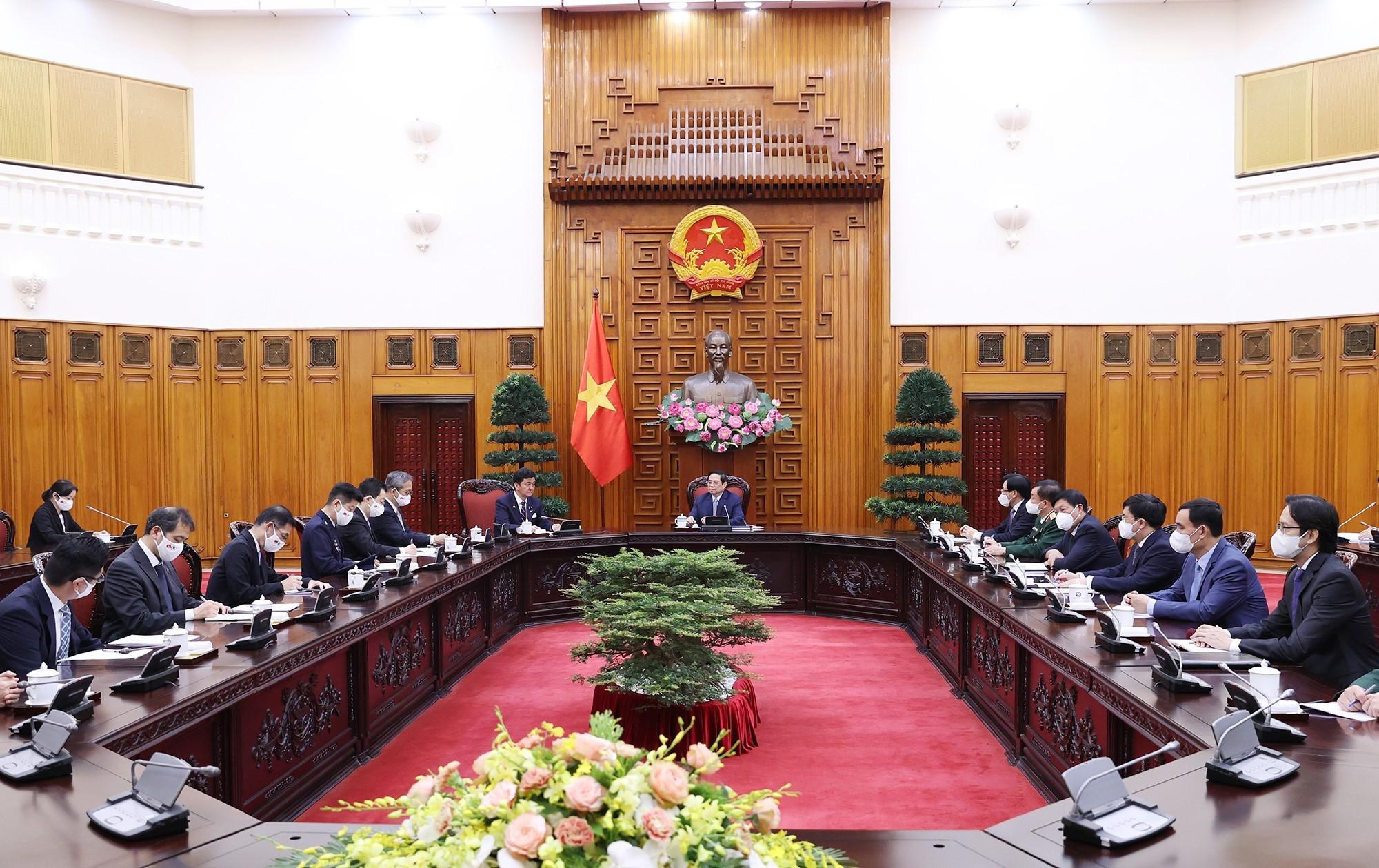 Thủ tướng cảm ơn Nhật Bản đã hỗ trợ Việt Nam hơn 3 triệu liều vaccine COVID-19 - Ảnh 2.