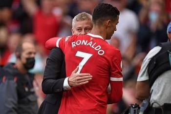 HLV MU đặt niềm tin vào Ronaldo ở trận mở màn Cúp C1