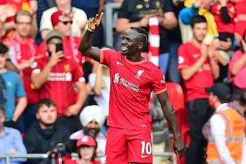 Kết quả bóng đá Anh mới nhất: Liverpool chiếm vị trí số của MU