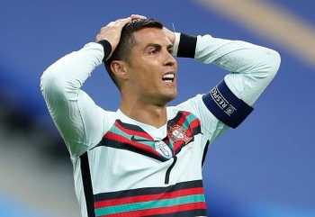Ronaldo nhiễm Covid-19, lỡ cơ hội đối đầu với Messi tại Cup C1 châu Âu
