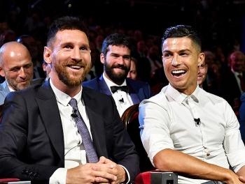 Vẫn dương tính với COVID-19, Ronaldo có thể lỡ đấu Messi ở Cúp C1
