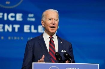 Mỹ sẽ truyền hình trực tiếp buổi tiêm vắc-xin ngừa COVID-19 cho ông Biden