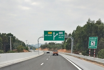 Việt Nam đặt mục tiêu đến năm 2025 sẽ có 3.858km đường cao tốc