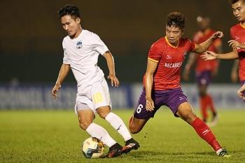 Tin tức bóng đá Việt Nam ngày 29/12: Kiatisak bất lực nhìn HAGL bại trận trước Bình Dương