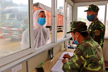 Siết chặt biên giới, cửa khẩu, ngăn ngừa dịch bệnh để nhân dân vui Xuân, đón Tết an toàn