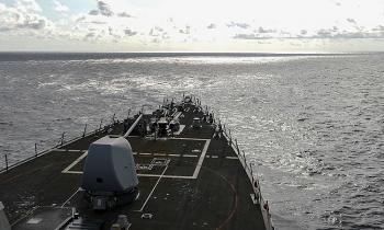 Tàu khu trục Mỹ đi ngang qua Trường Sa, thách thức yêu sách lãnh thổ của Trung Quốc