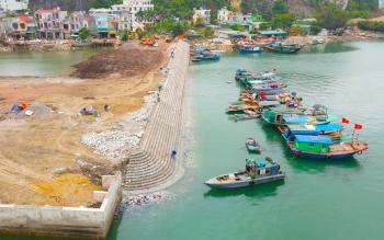 Quảng Ninh: Quan tâm, đầu tư các khu neo đậu, tránh trú bão cho tàu thuyền