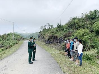 Phát hiện 10 công dân nhập cảnh trái phép qua cột mốc biên giới huyện Mèo Vạc