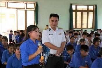 Đắk Nông: Tuyên truyền kiến thức về biển, đảo cho học sinh và đoàn viên thanh niên