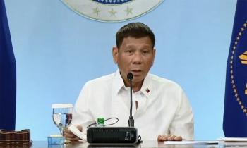 """Tổng thống Philippines: Phán quyết Biển Đông chỉ là """"giấy lộn"""""""