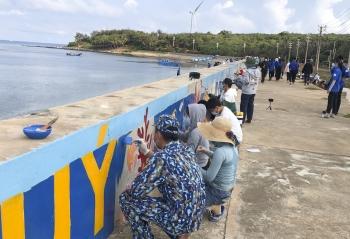 Gắn kết tình quân dân nơi biển, đảo