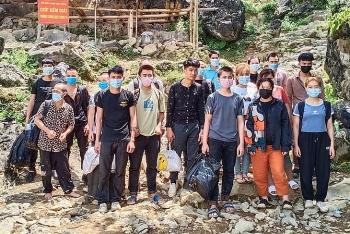Cao Bằng: Phát hiện 30 công nhân nhập cảnh trái phép qua biên giới Trung Quốc