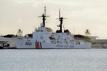Tàu cảnh sát biển 8021 chuẩn bị rời Guam về Việt Nam