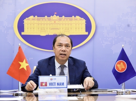 trung quoc dong y som noi lai dam phan coc