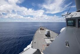 Chiến hạm Mỹ xuất hiện gần Trường Sa