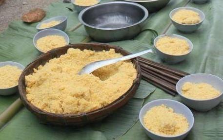 Mèn mén là món ăn chính của người Mông từ bao đời nay