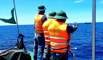 Quảng Bình: Xua đuổi tàu cá Trung Quốc xâm phạm chủ quyền vùng biển Việt Nam