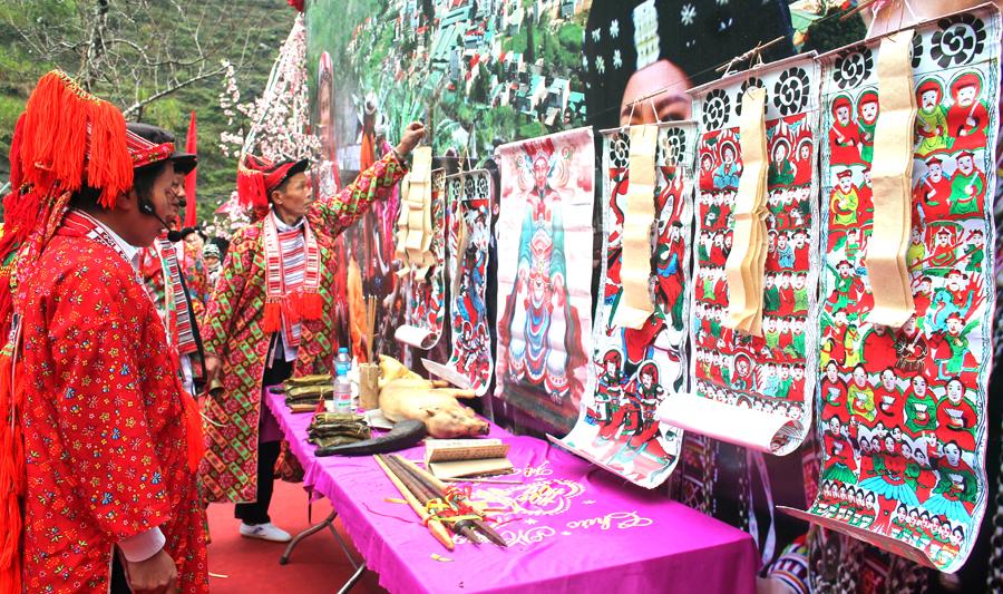 Lễ hội Bàn Vương tại Ngày hội văn hóa dân tộc Dao huyện Mèo Vạc năm 2019.