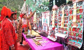 Giải pháp phát triển du lịch gắn với bảo tồn văn hóa dân tộc ở huyện biên giới Mèo Vạc