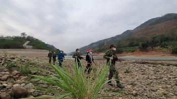 Kiên quyết không để dịch Covid-19 lây lan qua biên giới vào Việt Nam
