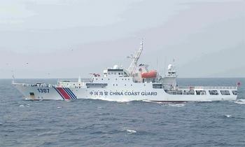 Tàu Trung Quốc bất ngờ rút khỏi đảo tranh chấp với Nhật ở Hoa Đông