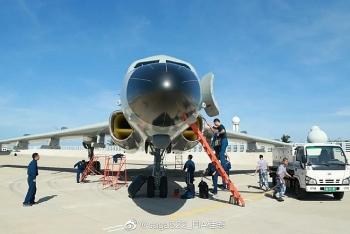 Trung Quốc mang máy bay ném bom ra Hoàng Sa?