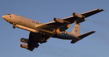 Trung Quốc cảnh báo: Máy bay do thám Mỹ trên Biển Đông tạo rủi ro cho máy bay dân sự