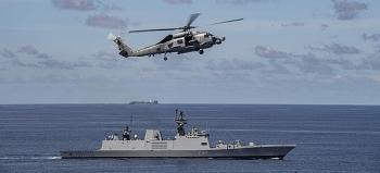 Trung Quốc phản đối việc Ấn Độ điều tàu chiến đến Biển Đông