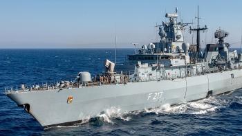 Trung Quốc yêu cầu làm rõ động cơ Đức đưa tàu chiến qua Biển Đông