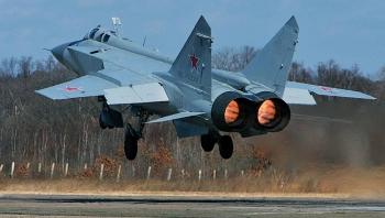 Nga ngăn chặn máy bay Mỹ, Anh tiếp cận biên giới