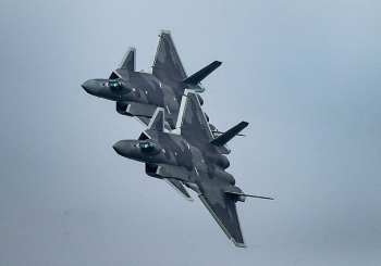 Trung Quốc huy động tên lửa và máy bay chiến đấu tới biên giới Ấn Độ