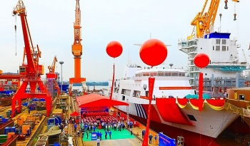 Trung Quốc hạ thủy tàu tuần tra lớn nhất để tăng cường lực lượng trên Biển Đông