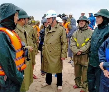 Quảng Trị: Khẩn trương cứu hộ 10 thuyền viên tàu Vietship 01 bị nạn
