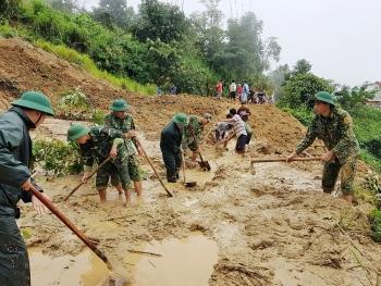 Hàng trăm chiến sĩ sát cánh cùng nhân dân trên tuyến biên giới Quảng Nam