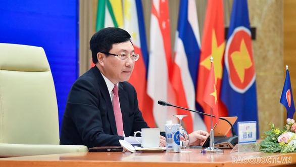 Phó thủ tướng, Bộ trưởng Ngoại giao Phạm Bình Minh chủ trì Hội nghị Bộ trưởng Ngoại giao ASEAN (AMM) ngày 10-11 - Ảnh: BNG