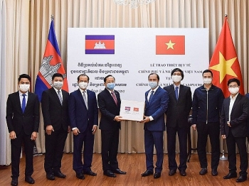 Việt Nam luôn coi trọng tình hữu bền vững với Campuchia