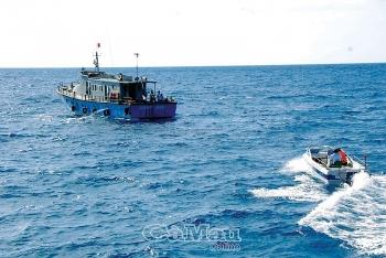 Cà Mau: Tàu cá phải bật thiết bị giám sát hành trình 24/24