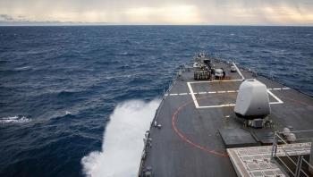 """Tàu khu trục Mỹ tuần tra """"bảo vệ quyền tự do hàng hải"""" tại quần đảo Trường Sa của Việt Nam"""