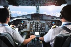 Tạm đình chỉ 20 phi công Pakistan tại Việt Nam