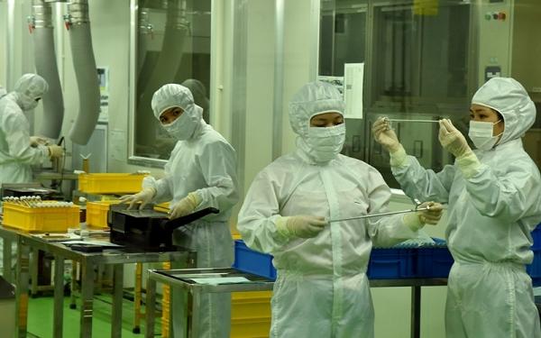 Tháo gỡ khó khăn cho hoạt động sản xuất kinh doanh do dịch COVID-19
