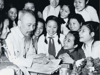 Con đường tự học của Chủ tịch Hồ Chí Minh: Bài học sâu sắc cho thế hệ trẻ Việt Nam hôm nay