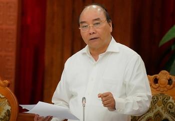 Thủ tướng: Phát triển kinh tế nhưng không bỏ qua việc bảo vệ sức khỏe nhân dân