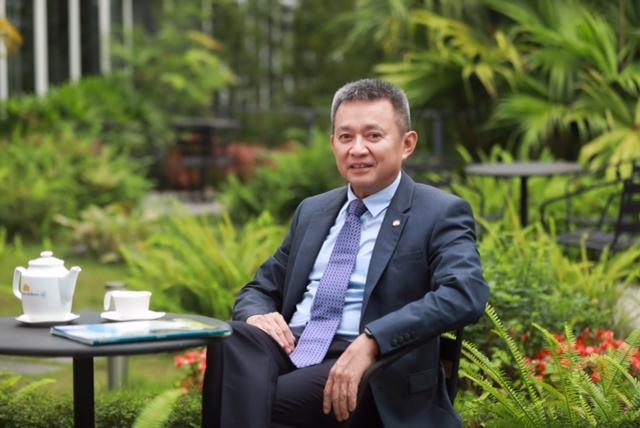 loi nhuan vietnam airlines tuot doc do chi phi quan ly tang cao