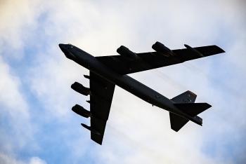 Video: Tiêm kích Su-27 của Nga truy cản máy bay quân sự Đức trên biển Baltic